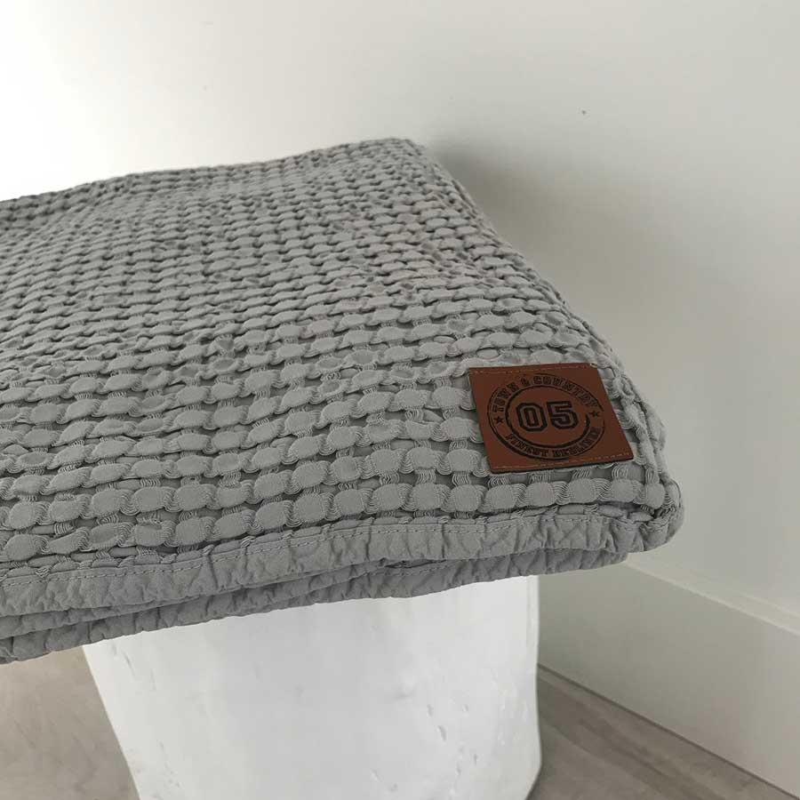 Aimy-plaid-150×200-grijs-(3)